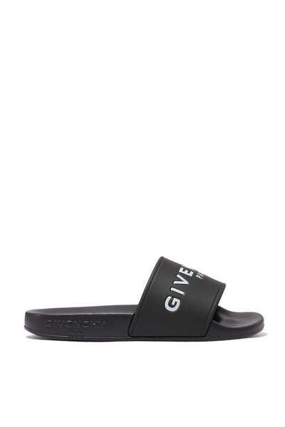 حذاء مفتوح أسود بشعار الماركة