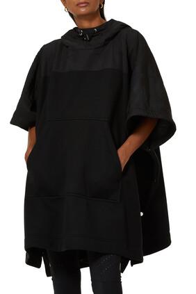 بونشو بغطاء رأس وشعار الماركة