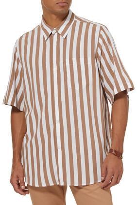 قميص مخطط بأكمام قصيرة