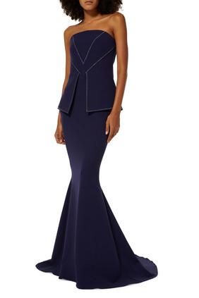 فستان سهرة مرصع بالكريستال بلا حمالات