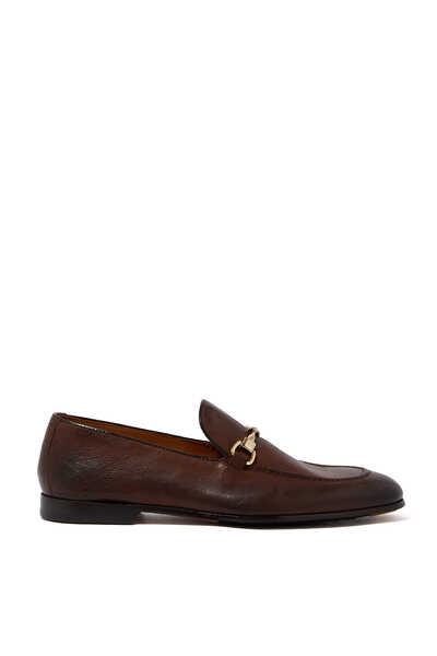 حذاء جلد سهل الارتداء بحلية لجام حصان