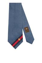 ربطة عنق حرير مزينة بنحلة