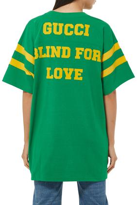 تي شيرت بطبعة شعار غوتشي Eschatology وعبارة Blind for Love