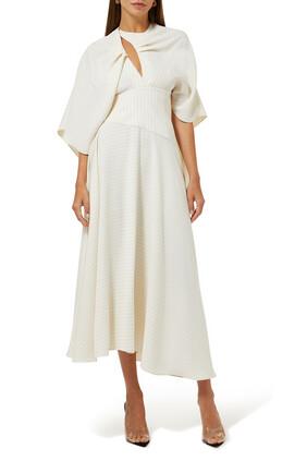 فستان مخطط بتصميم كاب