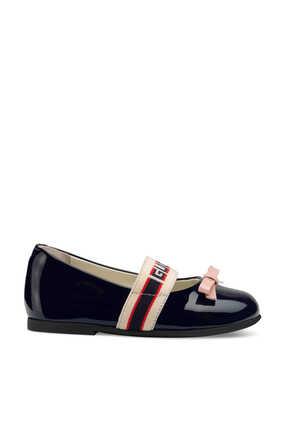 حذاء باليرينا بعقدة وسير بشعار الماركة