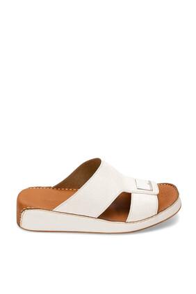 حذاء تروتر أفانت جارد مفتوح جلد